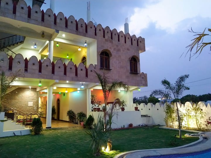 Deluxe Double Room with extra bed At Hotel Vamdev Fort