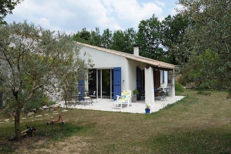 1 chambre double au calme près d'Aix en provence - Fuveau