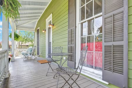 Charming Downtown Apartment - Wilmington - Apartment