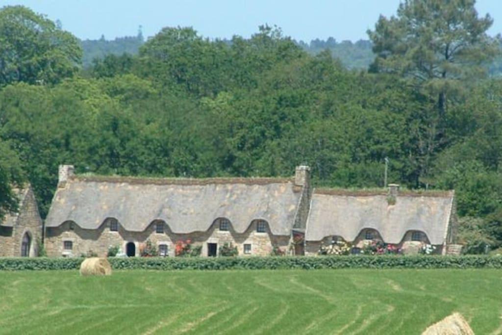 - La Garenne Cottages in the stunning Valle Vert