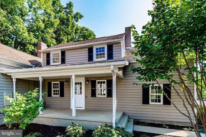 1790 farm house