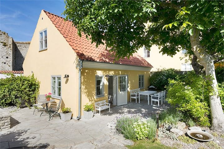 Exclusive accommodation in the heart of Visby