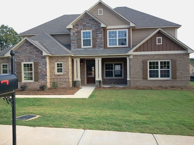 Great Home Close to Campus - Auburn - House