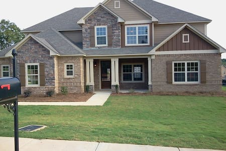 Great Home Close to Campus - Auburn