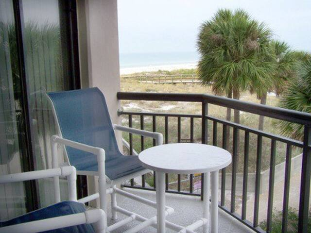 Wish you were on the beach with us - Saint Pete Beach - Condominium