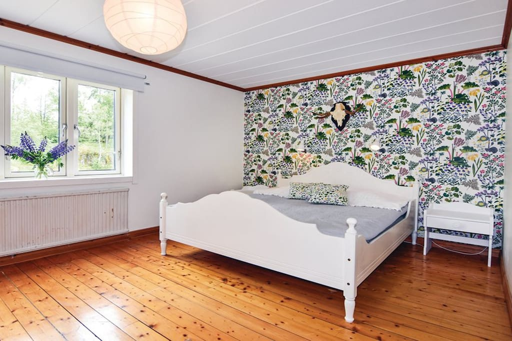 Main Bedroom with a king bed, crib is also provided