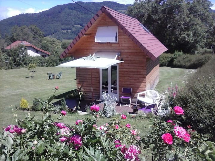 rent a guest room/chalet in the mountains