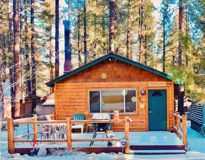 Cute Log Mtn Cabin - Near Lake & GoKarts, WiFi