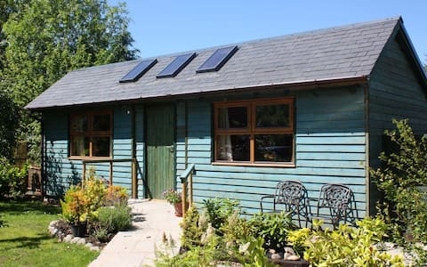 The Garden Lodge at The Firs - a cosy hideaway!