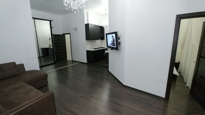 One bedroom. 11 b Gorodetskogo str. Near Maidan