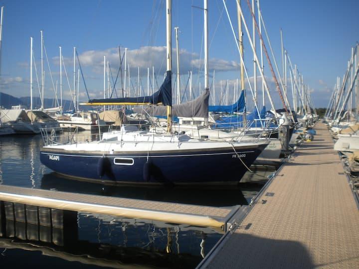Segeljacht Dufour 27 Inkl. Parkplatz Hafenplatz