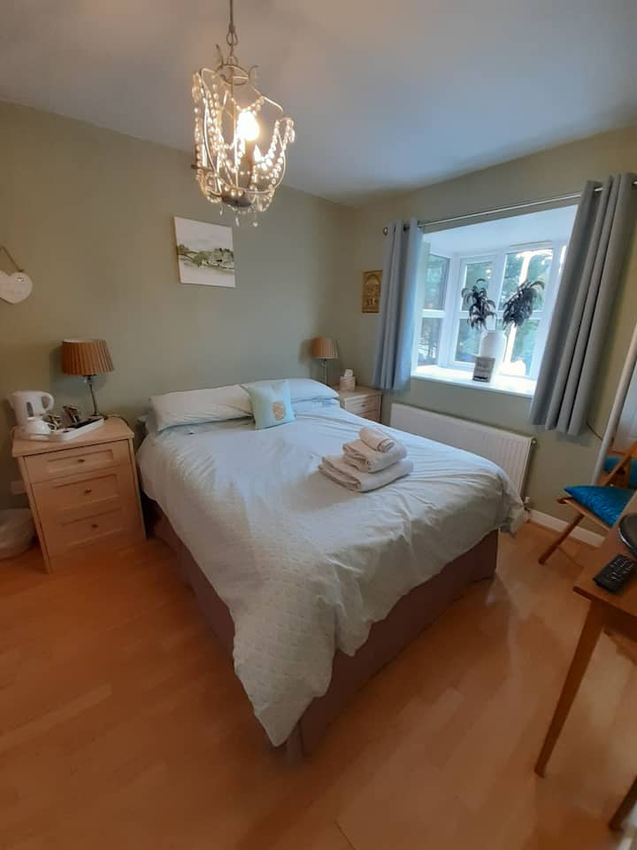 Uxbridge centre double room