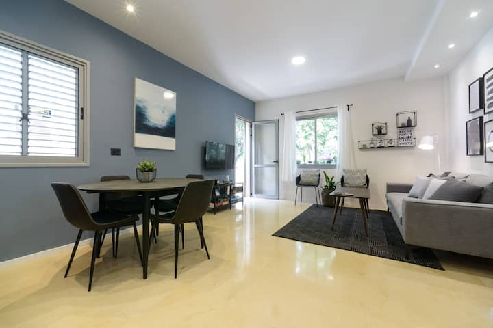 Peaceful 2bdrm & Balcony ~ Best location in TLV!