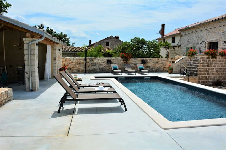 Villa Ambience with Pool