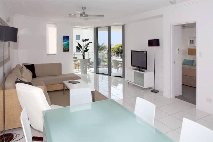 3 Bedroom Luxury Apartments on Cairns Esplanade