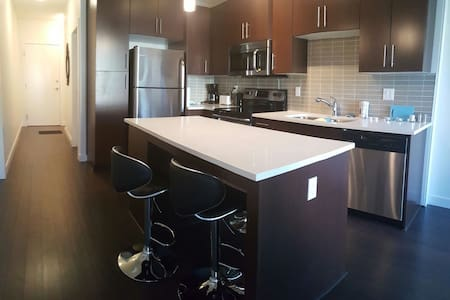 208 Contemporary near Midnapore & Spruce Meadows - Calgary - Leilighet