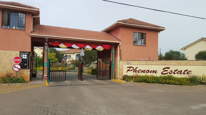 Luxury, Quiet & Secure Stay - Nairobi - Townhouse