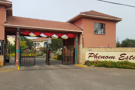 Luxury, Quiet & Secure Stay - Nairobi