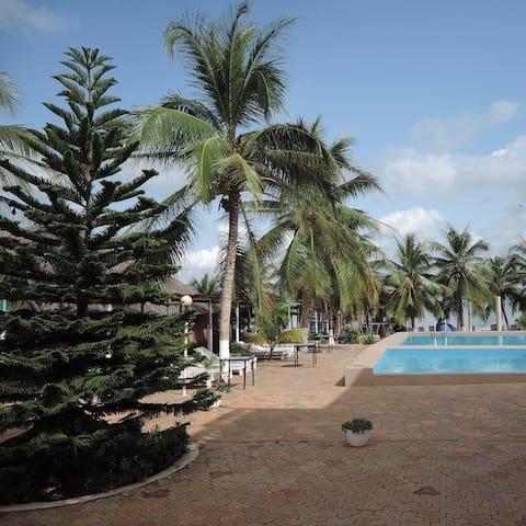 Sègbohouè: Hôtel, maison de vacances autour du lac