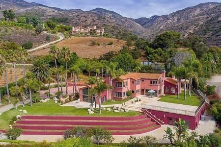 Malibu Villa 270 degree ocean views