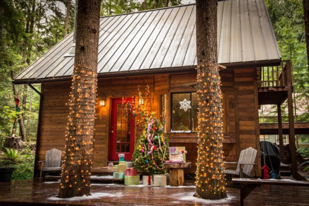 The cabin was used for a winter catalog photo shoot. Here it is all decorated for Christmas in July!