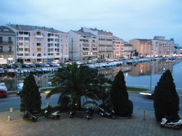 Beautiful apartment with terrace and lift - Sete