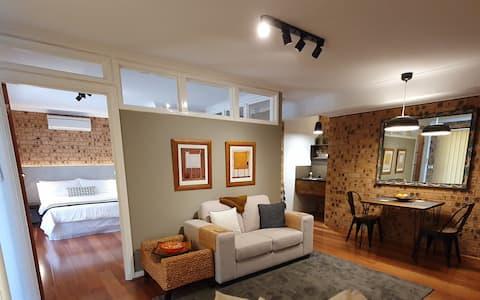 TRAVELLER's HAVEN:  Relaxing & cozy guest suite