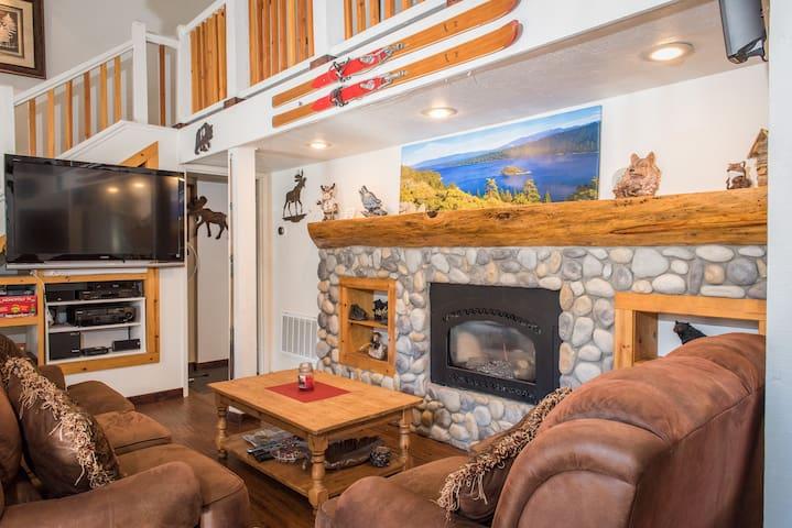 4BR Diamond Peak Ski Resort Home