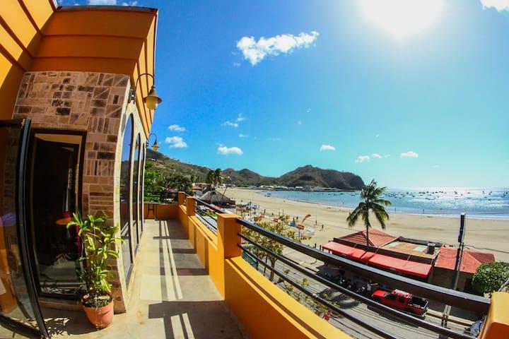 Beachfront condo - San Juan del Sur - Condominium