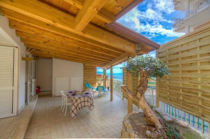 Home 2bdrs 2btrs Terrace AC Seaview Parking WiFi - Gaeta - House