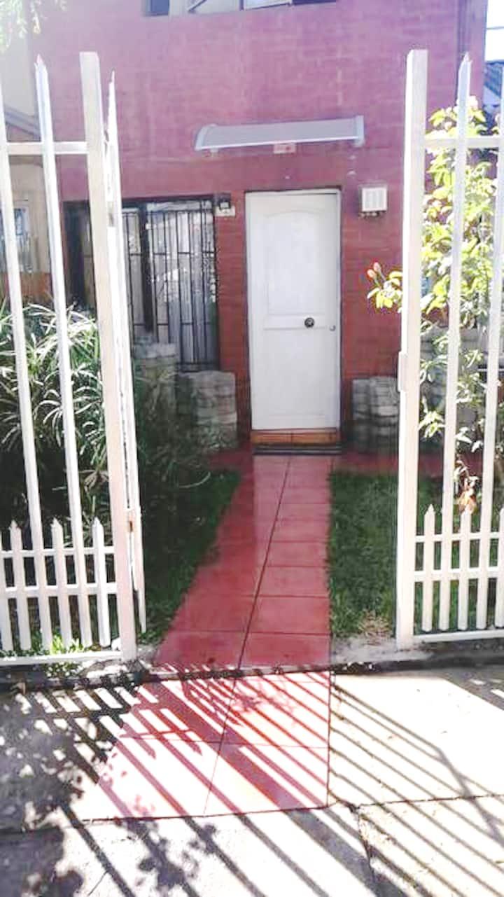 Amplia Habitación Amoblada | Curicó