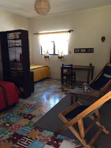 Vista panorámica de la habitación