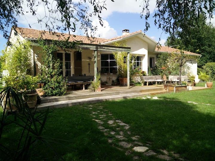 Villa entre océan et Bordeaux