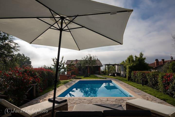 Villa Miramare con piscina
