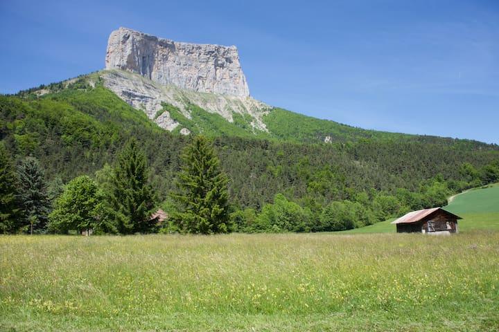 Chambre située dans le Parc Régional Du Vercors