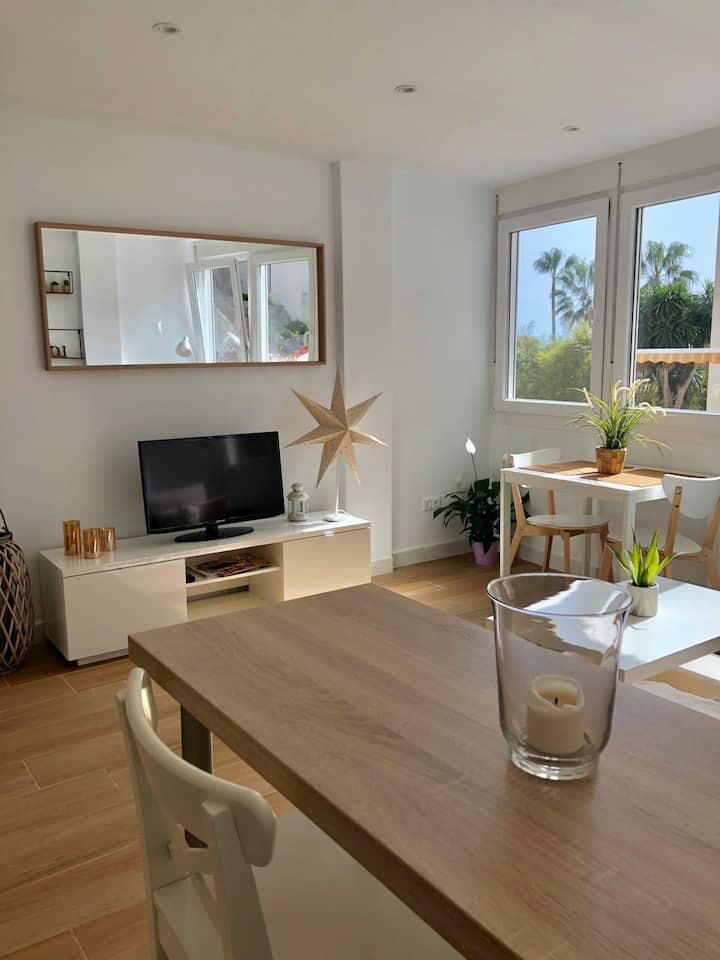 Precioso Apartamento en Playamar, Torremolinos