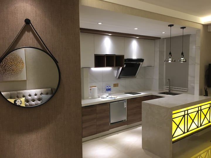 佳兆业江边公寓106室,大床房