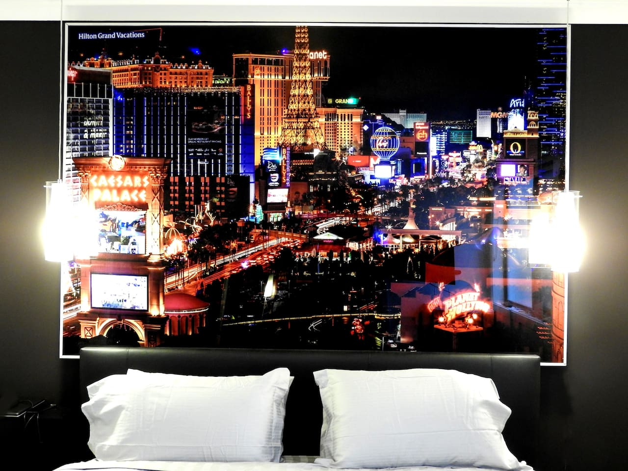 King bed with Las Vegas LED flashing bedhead