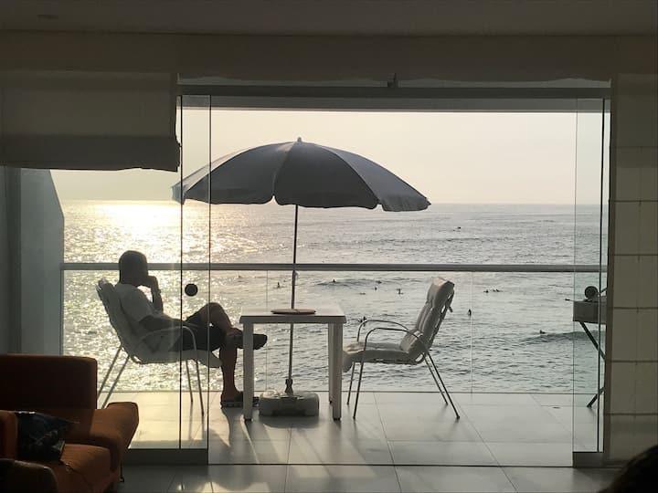 Lindo departamento de playa FRENTE AL MAR 1ra Fila