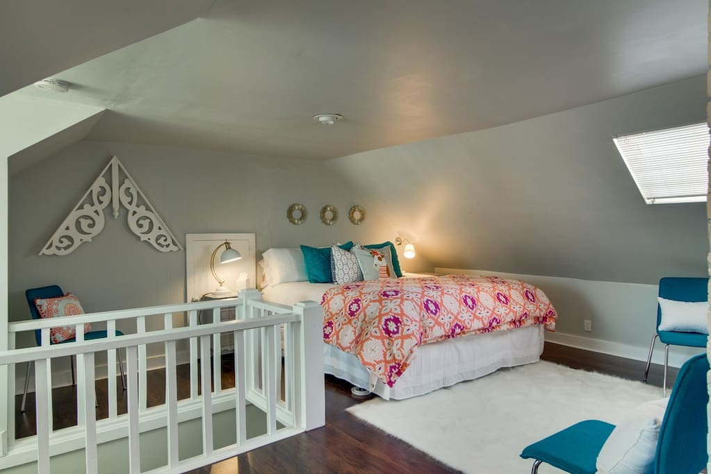 Open loft area with King sized bed!