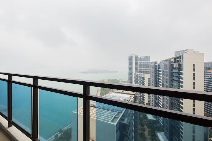 【Tiffany蓝】海上Loft步行至商圈/复式榻榻米巨屏投影舒适两居室/可开发票哦