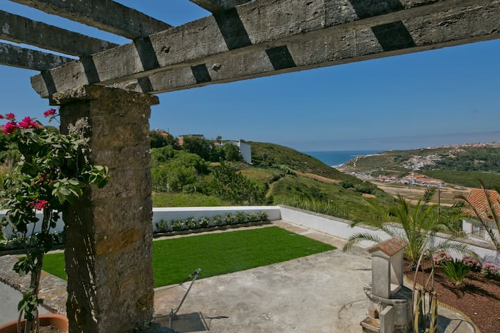 ViLLA MOOi By Ericeira with see view  NEW