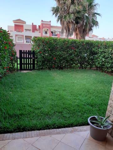 Agréable appartement à l'AP2 Saidia, haut-standing