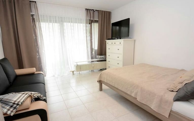 Private Room, Bath, TV, Fridge, - Gagliano del Capo - Byt