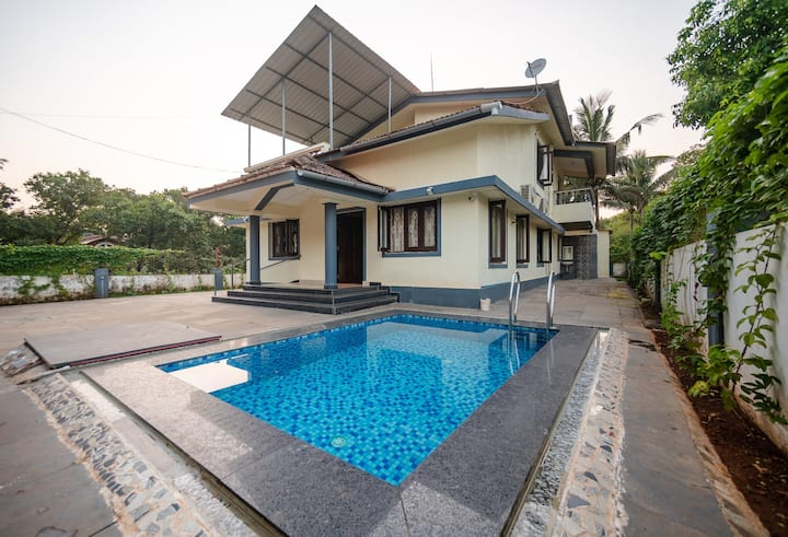 Casa Siolim - 4BHK Luxury Private Villa with Pool