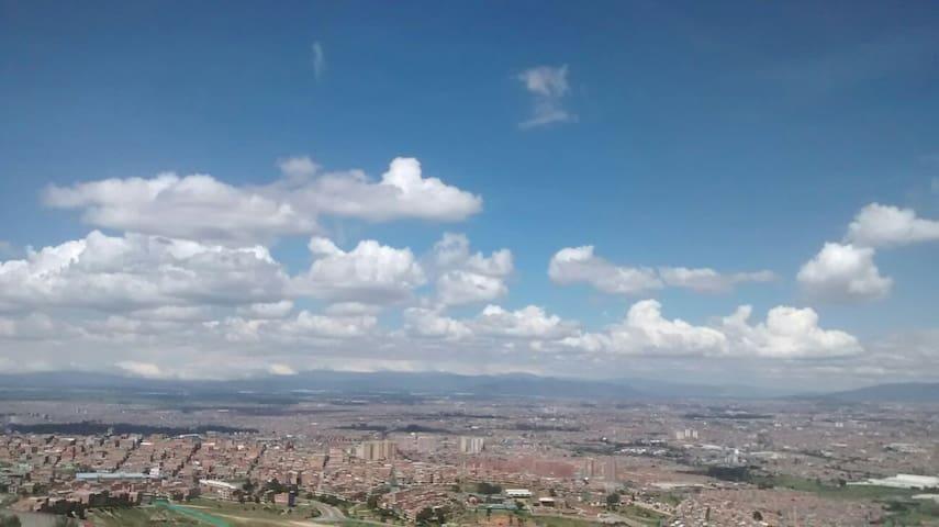 Espectacular, tranquilo y acogedor - Bogotá, Bogotá, CO - Condomínio