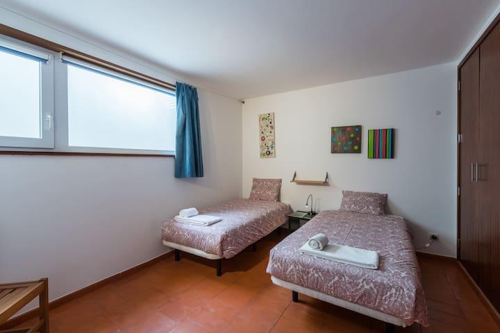 Quarto4/Room4