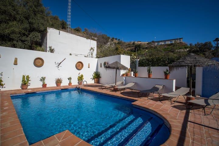 Casa rural con piscina y barbacoa. - Almogía - Talo