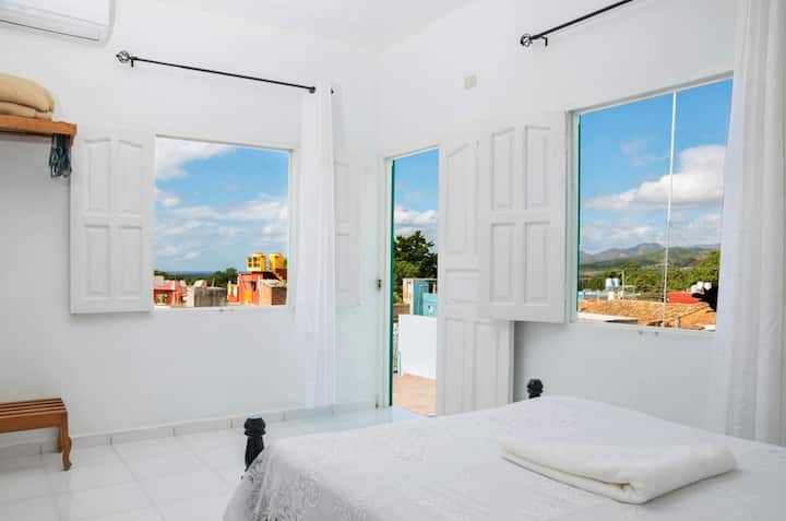 ROOM 1 Hostal Mireya / Eliecer Seaview / Mountains