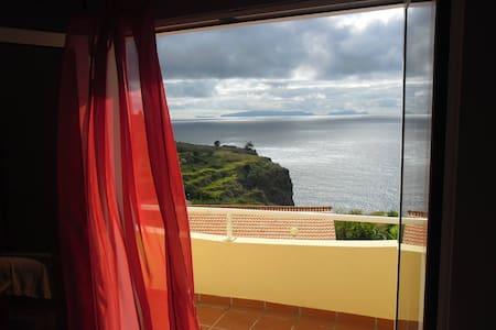 Manto Azul Villa - Amazing Views - Camacha - House